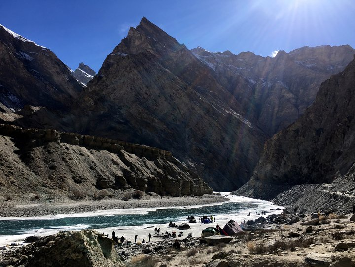 Chadar Trek的炙熱陽光