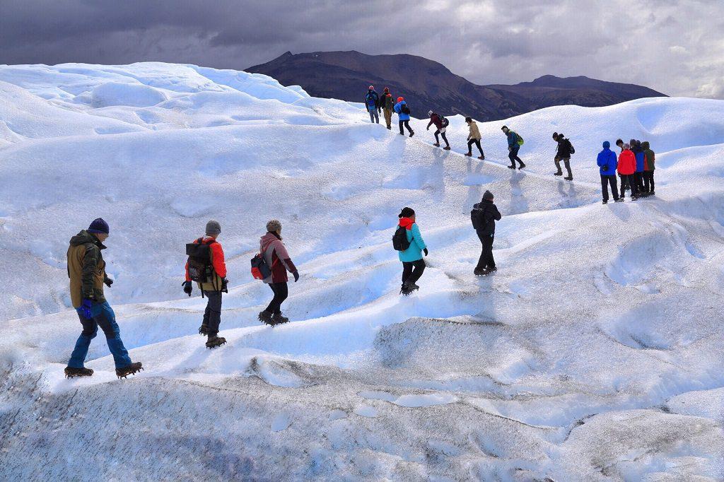 走在莫雷諾大冰山