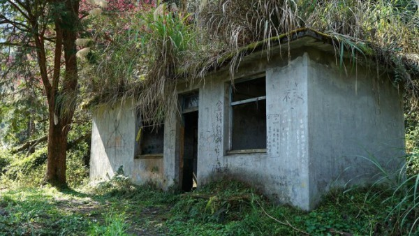 加羅湖途經的避難小屋