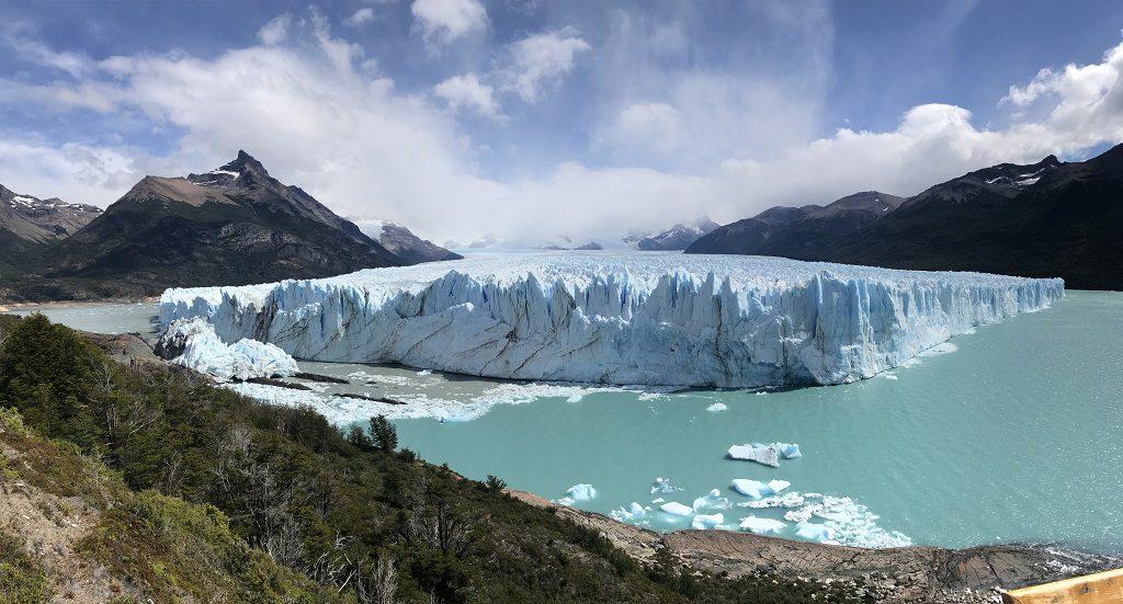 崩落的莫雷諾冰川