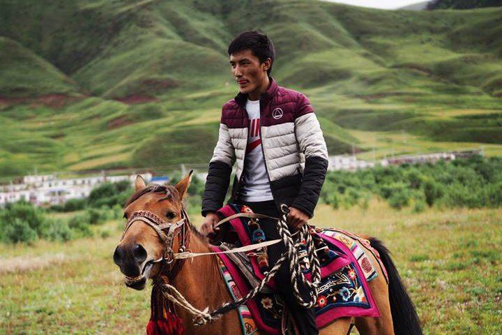 青藏高原藏族人