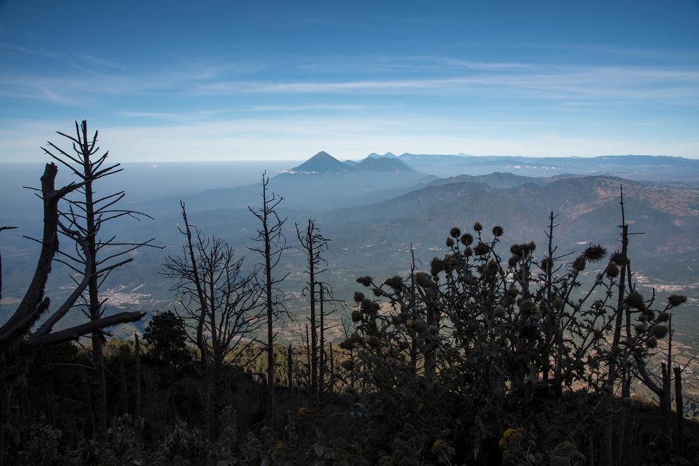 瓜地馬拉火山健行中的日景