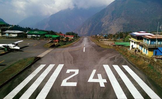EBC聖母峰基地營的機場跑道