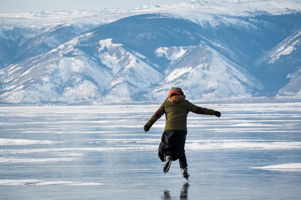 貝加爾湖滑冰