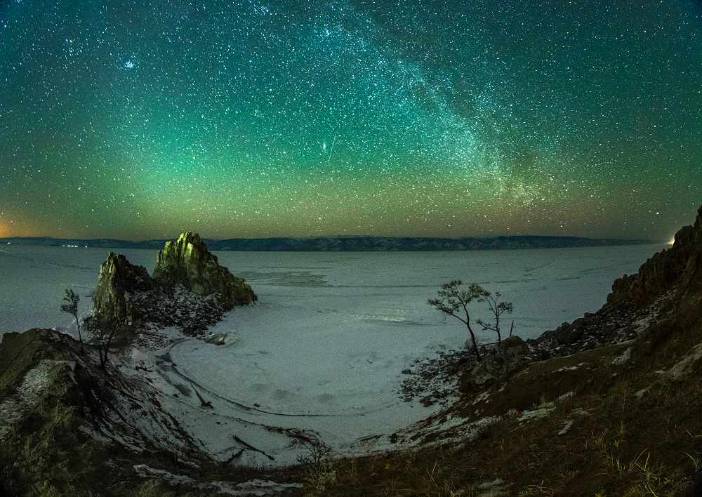 貝加爾湖的極光