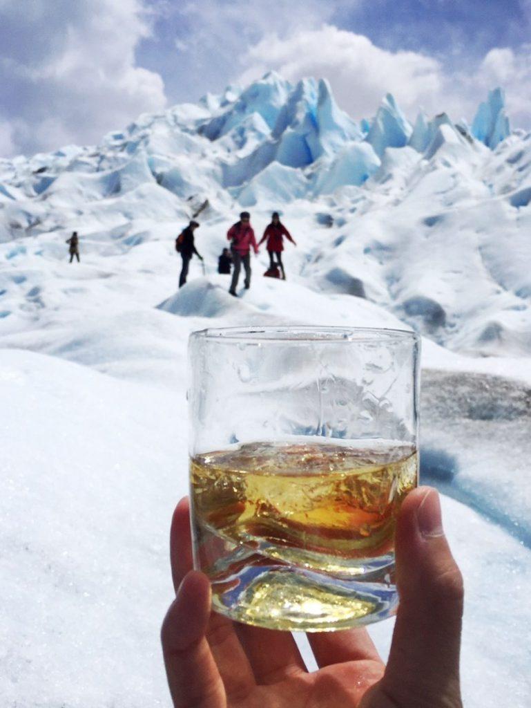 喝酒保暖與慶祝