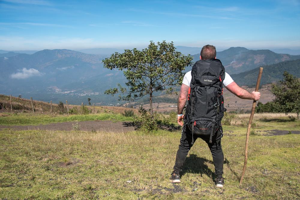 我背著Yukon 登山背包