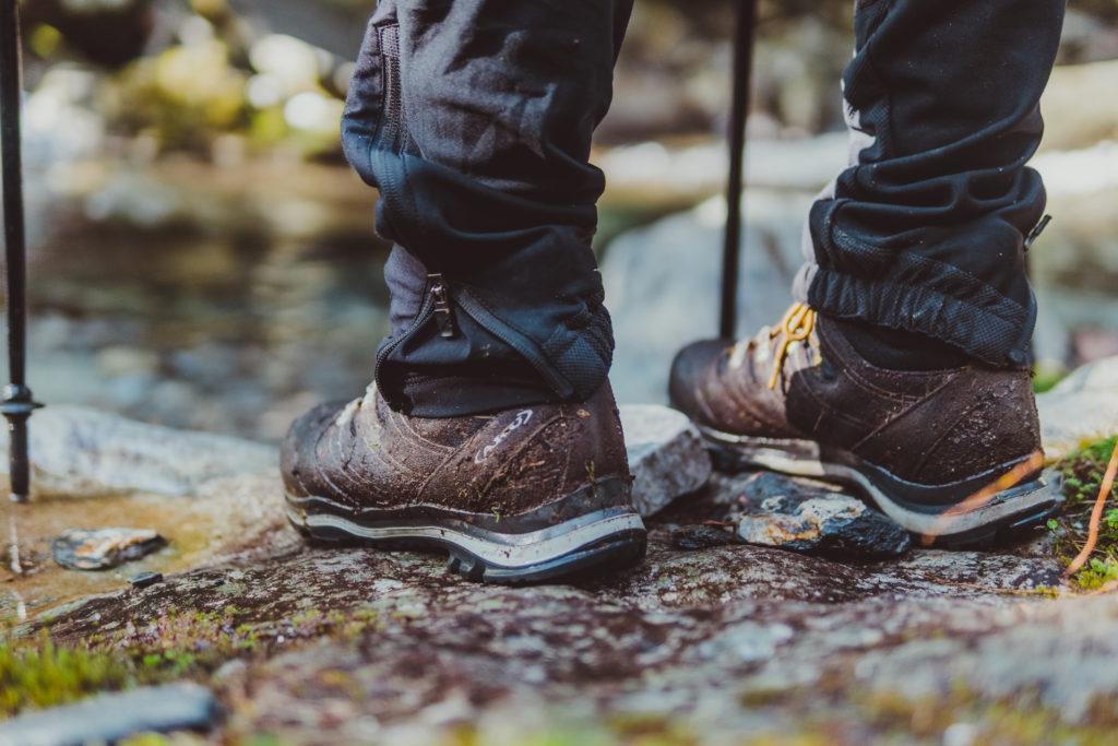 登山鞋鞋底PU材質