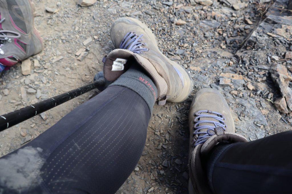 羊毛襪登雪山