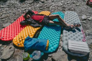 【登山裝備】登山、露營睡墊該如何挑選?睡墊R值是什麼?