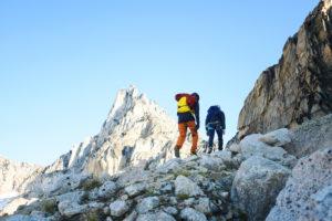 【冬季登山保暖對策】冬季登山需要攜帶什麼裝備?